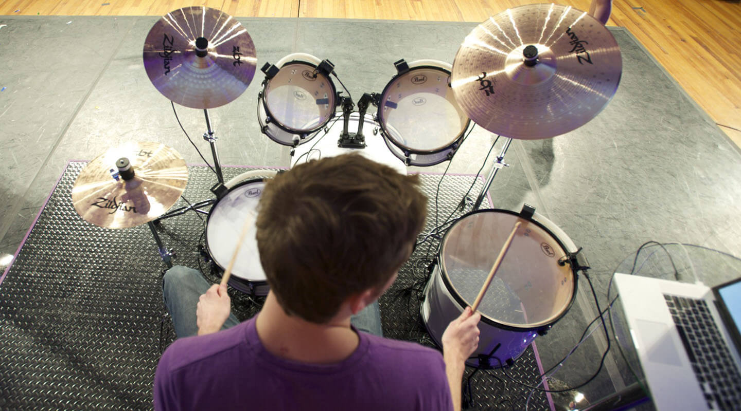 UpBeat can be attached to any standard drum kit for practicing, but can be also removed when it's time to perform